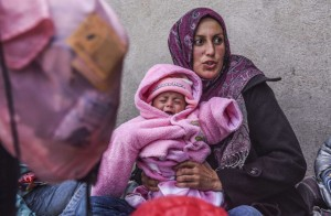 Mãe e filho na guerra